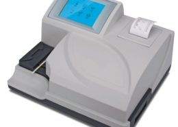 Urine Analyser Machine